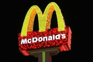 7ps of marketing in mcdonalds The expanded marketing mix: ikea - highlights the 4ps and expanded 7ps marketing mix essay by oldcowhand the expanded marketing mix according to mcdonald and dunbar (1998), the marketing mix is the term used to describe the tools and techniques an organization uses to implement the marketing concept.